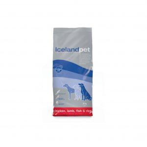 Sæk med hundefoder fra Iceland Pet med kød, fisk og ris